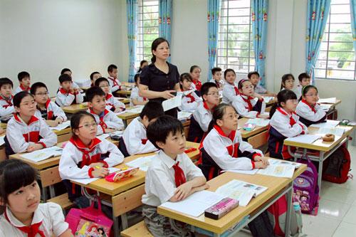 Hà Nội: Dự kiến tăng mức học phí một số cấp học năm học 2019-2020 - Ảnh 1