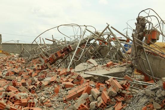 Vụ sập tường 10 người chết ở Đồng Nai: Các đối tượng bị bắt giữ là ai? - ảnh 1