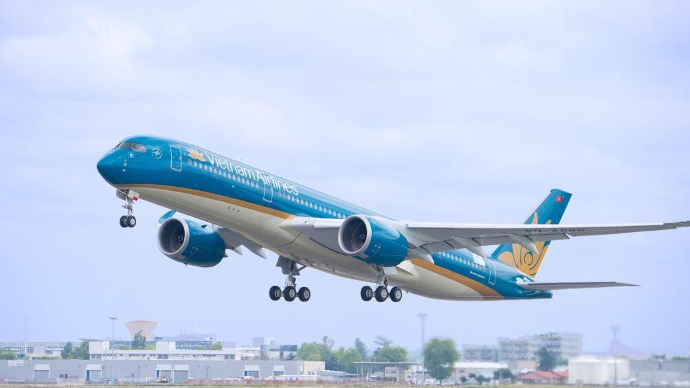 Vietnam Airlines khôi phục hoàn toàn số chuyến bay nội địa - ảnh 1