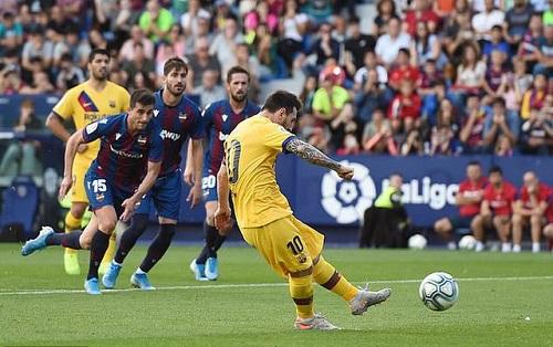 """Messi """"nổ súng"""", Levante vẫn nhấn chìm Barcelona trên sân nhà - ảnh 1"""