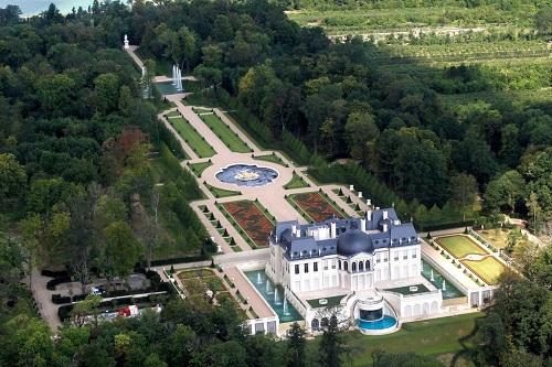 Siêu lâu đài có giá trị gần bằng CLB Newcastle của Thái tử Saudi Arabia - ảnh 1
