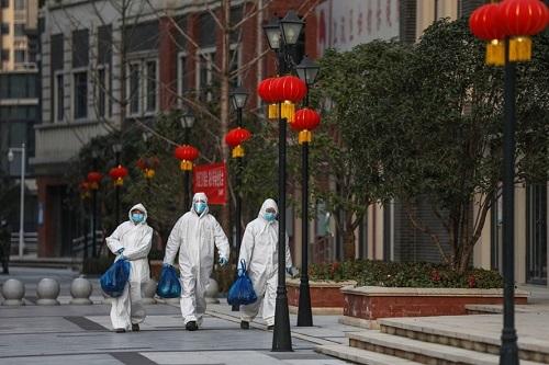 Trung Quốc miễn nhiệm quan chức thành phố Vũ Hán sau những ca nhiễm mới Covid-19 trong cộng đồng - ảnh 1