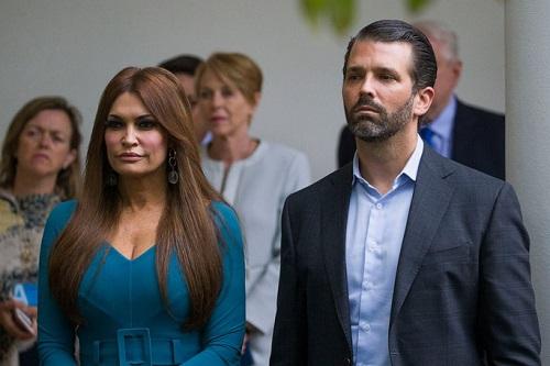 Bạn gái của con trai Tổng thống Donald Trump nhiễm Covid-19 - ảnh 1