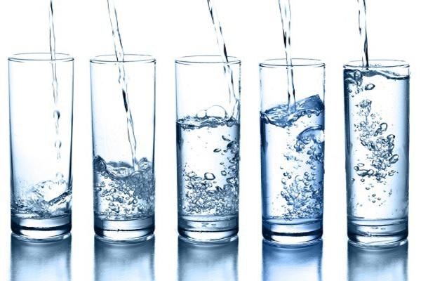 Bác sĩ chỉ cách uống nước để bảo vệ sức khỏe, chống oxy hóa - ảnh 1