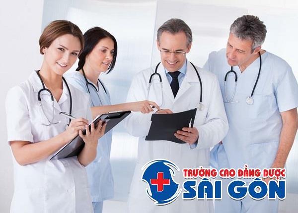 Nhận biết triệu chứng và kỹ thuật điều trị viêm tuyến tiền liệt - ảnh 1