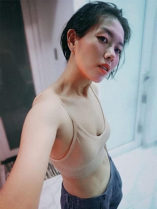 """Ca sĩ Phương Anh Idol giảm 53kg trong 7 tháng vì sợ không thể """"duy trì mạng sống""""   - ảnh 1"""