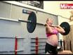 Gia đình - Kinh ngạc bà bầu 8 tháng vẫn nâng tạ 100 kg
