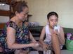 Gia đình - Tình yêu - Người mẹ nuôi đứa con 11 năm không ngủ, chỉ uống sữa ở Sài Gòn