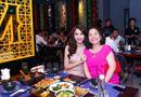 Tin tức giải trí - Loạt ảnh Hoa hậu Đặng Thu Thảo thân thiết bên mẹ người yêu