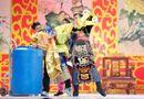 Tin tức giải trí - Táo quân VTV 2014: Ngọc Hoàng bị dúi đầu vào thùng nước