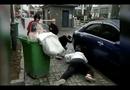 Video-Hot - Chú rể giật mình ném cô dâu vào thùng rác