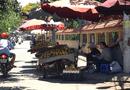 Tin trong nước - Hà Nội sẽ cấm bán hoa quả rong, bày bán ở vỉa hè