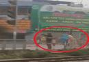 Cộng đồng mạng - Hai thanh niên bị phạt đứng điều hành giao thông vì vượt đèn đỏ