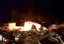 Tin tức - Cháy chợ giữa đêm, hơn 40 ki ốt bị thiêu rụi