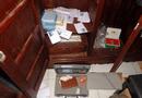 Tin tức - Cô gái cạy tủ nhà người quen trộm 21 triệu đồng rồi tạo hiện trường giả