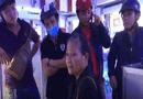 Tin tức - Bình Dương: Bắt giữ cụ bà trộm 3 dây bạc trong tiệm vàng