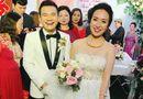 """Khắc Việt cười """"tít mắt"""" bên cô dâu xinh đẹp trong đám cưới tại quê nhà"""
