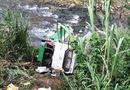 Tin tức - Xe khách chở 42 người lao vực đèo Lò Xo, 3 người chết