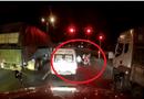 Tin tức - Clip: Phẫn nộ cảnh nhân viên nhà xe đánh người dã man trong đêm
