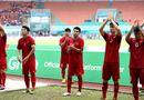 """Sao Việt động viên Olympic Việt Nam: \""""Không khóc, các chàng trai!\"""""""