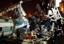 Thổ Nhĩ Kỳ: Tàu cao tốc đâm vào cầu vượt, 53 người thương vong