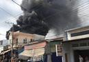 Tin trong nước - Bình Dương: Hai đám cháy lớn xảy ra liên tiếp, xe cứu hỏa gặp nạn