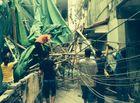 Sự kiện hàng ngày - Hà Nội: Giàn giáo từ tầng 11 đổ sập xuống nhà dân