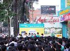 Công nghệ - Chen lấn mua smartphone giá 535.000 đồng ở Sài Gòn