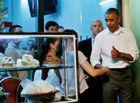 Tin trong nước - Tổng thống Obama ăn bún chả trên phố cổ Hà Nội