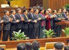 - Chính thức ra mắt bộ máy lãnh đạo cao nhất của Quốc hội khóa XIV