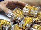 Thị trường - Giá vàng hôm nay 24/8: Giá vàng thế giới nhích nhẹ