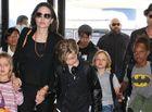 Chuyện làng sao - Trận cãi nhau giữa Brad Pitt với con trai gốc Campuchia khiến FBI vào cuộc