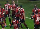 Bóng đá - Balotelli đá hỏng penalty, Nice vẫn thắng Lyon và vững ngôi đầu
