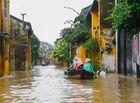 Chuyện học đường - Mưa lũ ở miền Trung: Học sinh Quảng Nam phải nghỉ học vì không thể đến trường