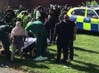 - Ô tô lao vào đám đông khiến ít nhất 6 người bị thương ở Anh