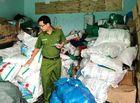 Tin tức - Phát hiện cơ sở sản xuất hơn 900 kg bột ngọt giả