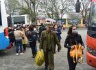 Tin trong nước - Người dân bắt đầu trở lại Thủ đô sau kỳ nghỉ Tết Nguyên Đán