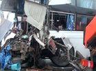 Tin trong nước - Xe khách đấu đầu xe cứu hỏa trên cao tốc Pháp Vân-Cầu Giẽ, 9 người bị thương