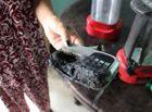 Tin tức - Long An: Nhiều đồ vật trong nhà đột nhiên bốc cháy giữa trưa