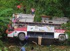 Tin tức - Xe khách rơi xuống vực ở Cao Bằng, ít nhất 13 người thương vong