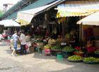 """Tin tức - Lãnh đạo quận Ba Đình nói gì về vụ """"bảo kê"""" tại chợ Long Biên?"""