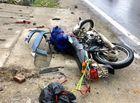 Tin tức - Đâm trực diện vào xe đầu kéo, 2 du khách nước ngoài tử vong