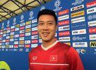 """Tin tức - Tiền vệ Huy Hùng hé lộ lời dặn dò cực quan trọng của thầy Park Hang-seo trước """"đại chiến"""" với Jordan"""
