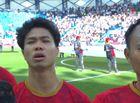 Tin tức - Khoảnh khắc Công Phượng hát Quốc ca say đắm lại chiếm sóng mạng xã hội