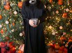 Hoa hậu Giáng My nổi bật với váy đen hàng hiệu - Ảnh thứ 4