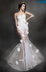 Ngôi Sao - Diệp Lâm Anh đẹp mê hồn với váy trong suốt