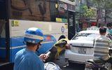 TP.HCM: Xe buýt, xe máy và taxi tông nhau liên hoàn