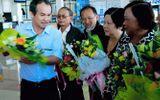 Máy bay của Bầu Đức chở 12 cựu tù về thăm lại nhà tù Côn Đảo