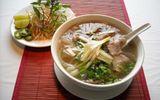 """8 món ăn bình dân Việt khiến thế giới """"mê mệt"""""""