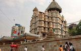 Chiêm ngưỡng ngôi đền cổ nhiều vàng nhất Ấn Độ